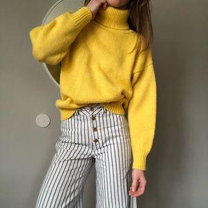 Vintage yellow oversized turtleneck sweater